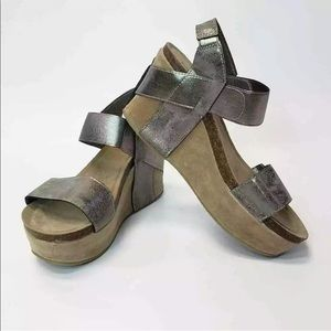 Yoki (Pierre Dumas Look ALike)Women's Wedge Sandal